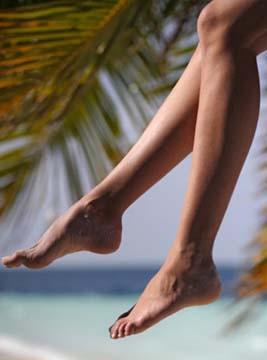 Статусы про ноги